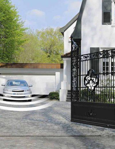 Motorizzazioni per portoni da garage, cancelli e porte