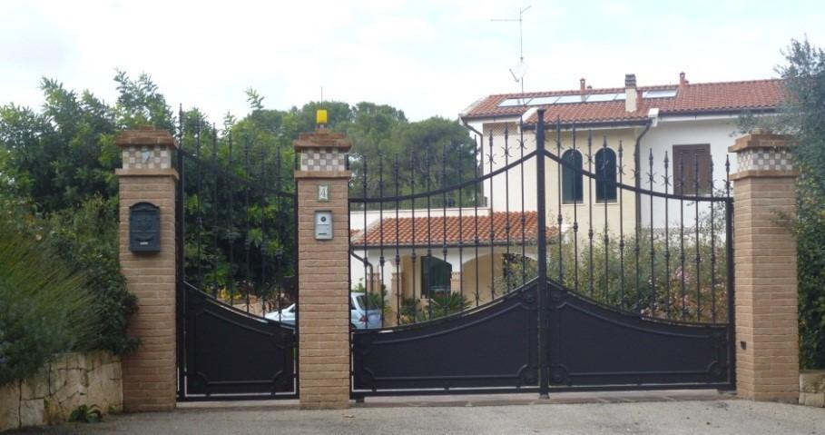 cencello a battente villa a Como